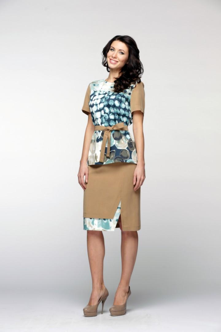 Костюм (блуза, юбка) женский